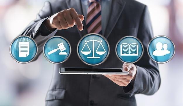 Wet arbeid werkgelegenheid rechtvaardigheid advocaat wijziging advocaat