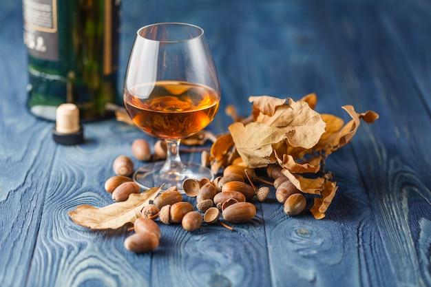 Whisky gerijpt in eikenhouten vaten