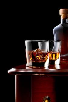 Whisky op een donkere