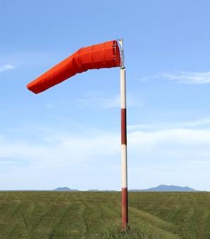 Windsok van uitrusting controleer de richting van de windrichting overdag.