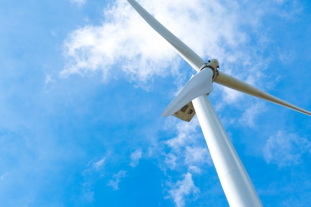 Windturbine voor het opwekken van elektriciteit