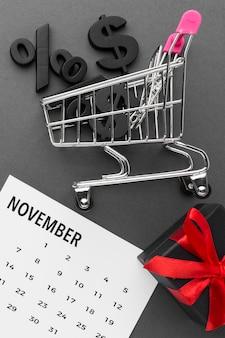 Winkelwagen met verkoop cyber maandag