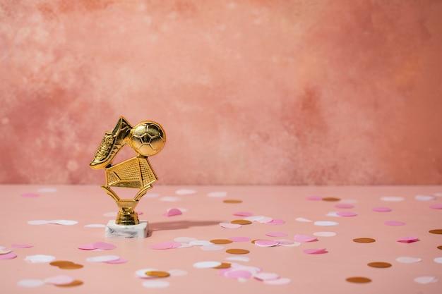 Winnaarconcept met gouden prijs