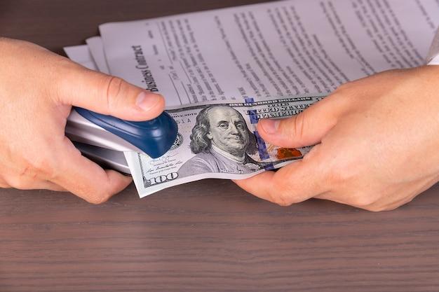 Winst, dividenden, rente over het contract