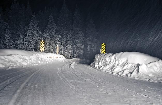 Winter storm colorado road