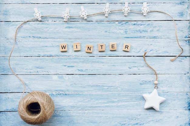 Winter woord over blauw en wit