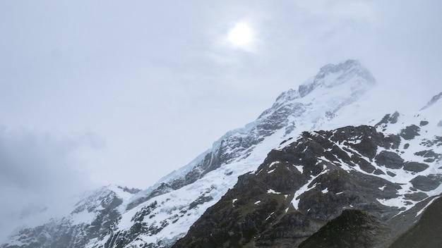 Winterstorm op toppen van aoraki mt cookmt cook nieuw-zeeland