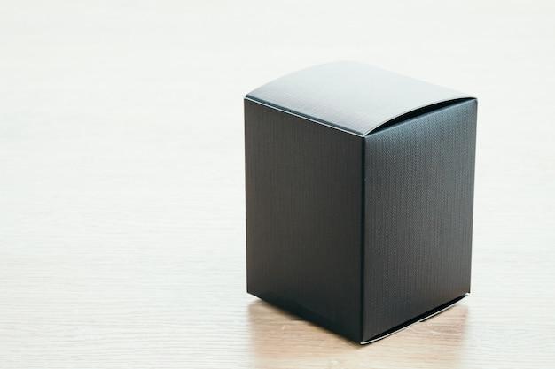 Wit bruin karton verpakking table