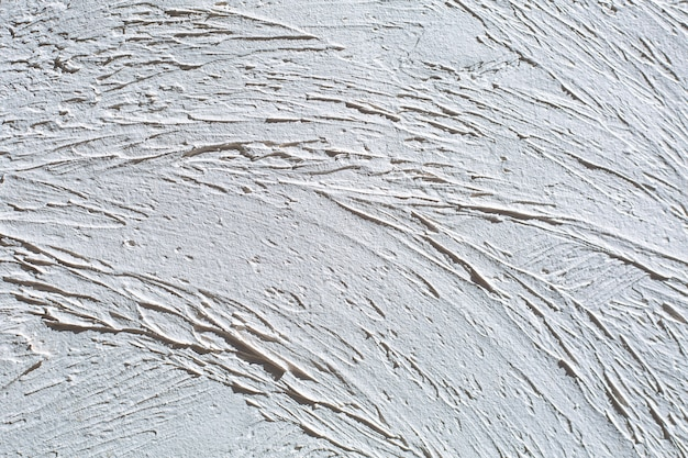 Wit gestuukte muur