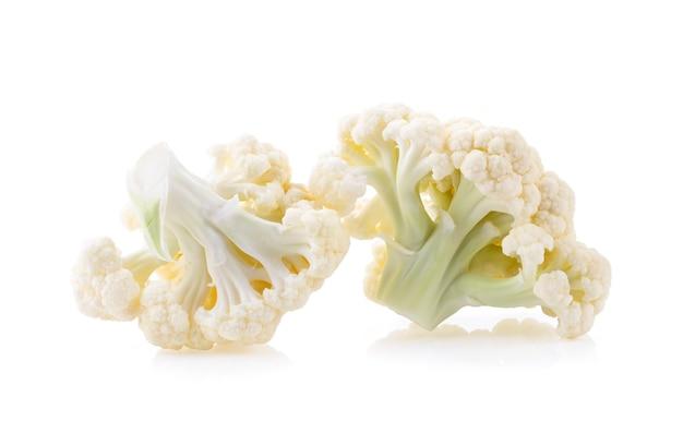 Witte bloemkolen geïsoleerd