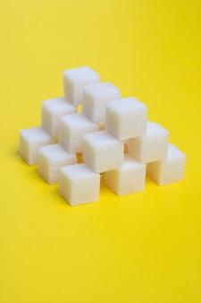 Witte blokjes suiker