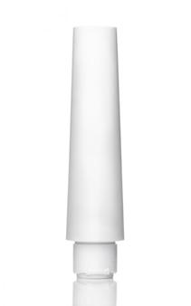 Witte buis voor gel, crème, tandpasta of voor cosmetica op wit wordt geïsoleerd.