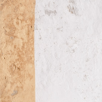 Witte cementmuur in vierkante vorm