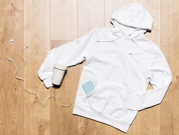 Witte hoodie met koptelefoon