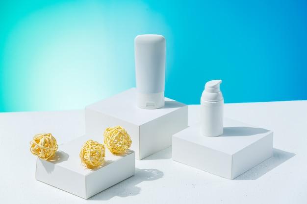 Witte kleur huidverzorgingsproducten zonder aansprakelijkheid voor de advertentie
