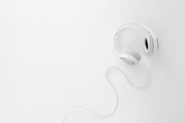 Witte koptelefoon