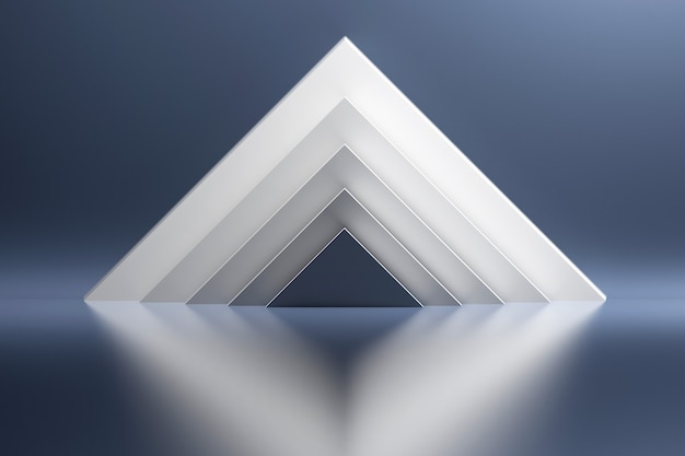 Witte piramides op de achtergrond van blauwe glanzende reflecterende spiegelende oppervlak.