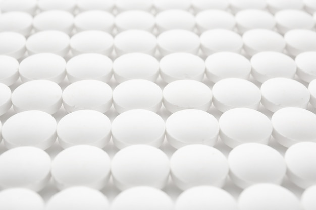 Witte ronde pillen, close-up