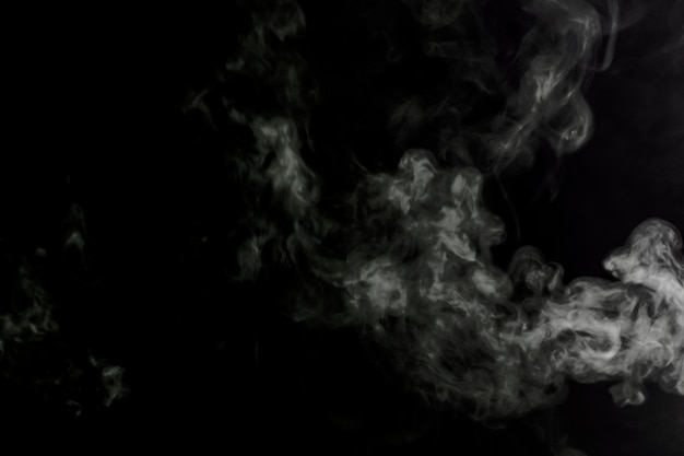 Witte rook op zwart