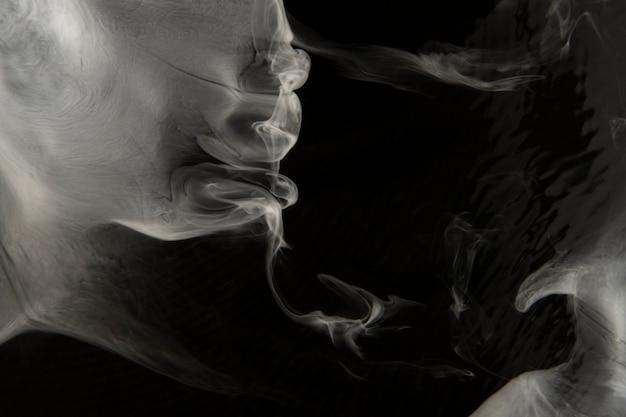Witte rook wallpaper abstracte bureaubladachtergrond