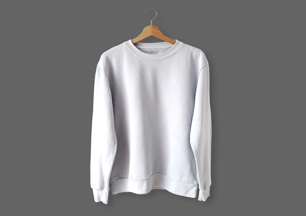 Witte trui aan de voorkant