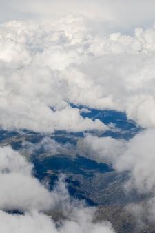 Witte wolken