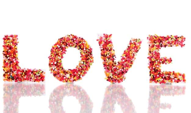 Woord liefde geïsoleerd op wit