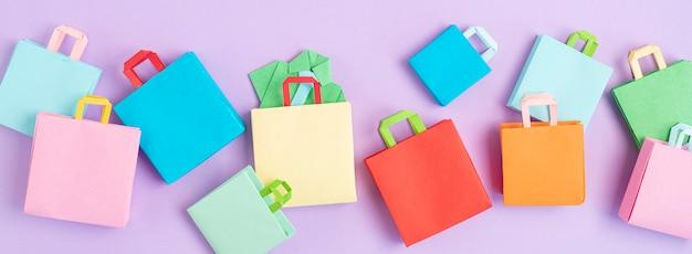 Word verkoop en winkelen papieren zakken sesonale verkoop