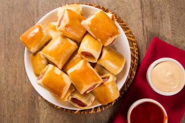 Worst gebakken snacks. braziliaanse snacks.