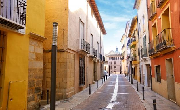 Xativa oude stadsstraat in jativa van valencia