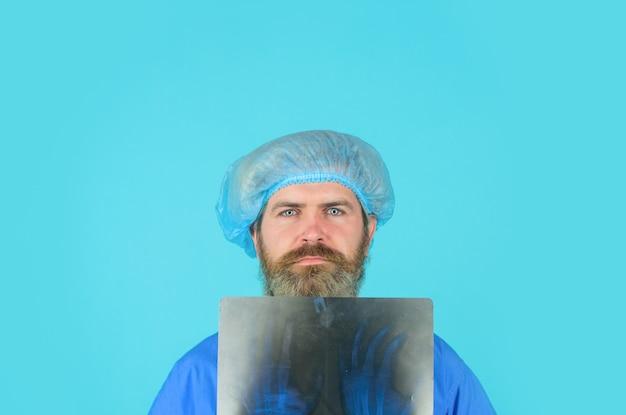 Xray botten xray botten geneeskunde arts met xray foto van hand x ray foto van handen röntgenfoto man