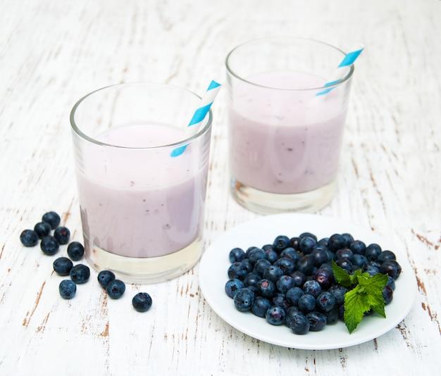 Yoghurt met vers fruit