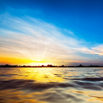 Zacht en wazig zonlicht