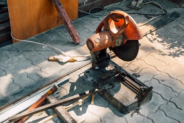 Zag industrie machine snijden van metaal