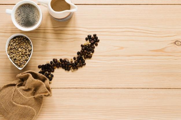 Zak met koffiebonen en kopie ruimte