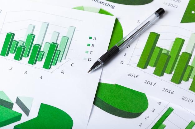 Zakelijke grafieken groen