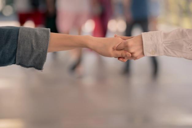 Zakelijke teamwork handshake show voor succes bedrijf