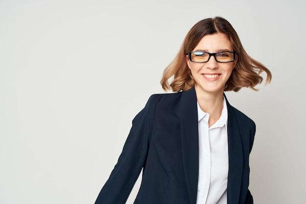 Zakelijke vrouw jobmanager financiële informatie
