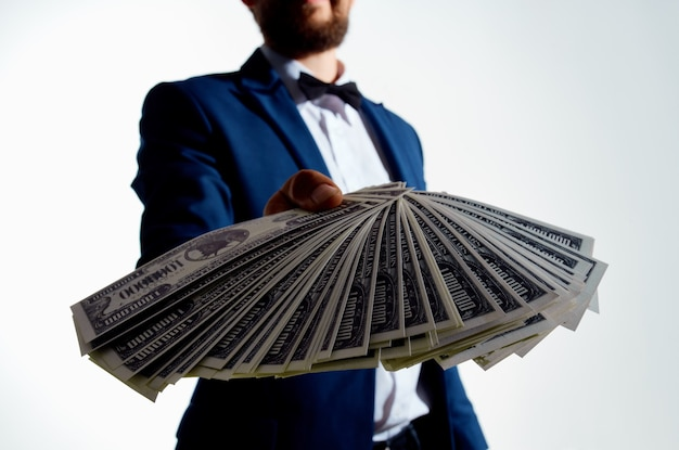 Zakenlieden investeringen economie geïsoleerde achtergrond