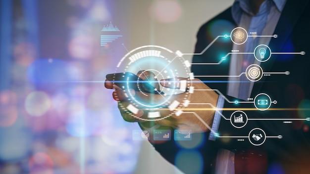 Zakenman analyse financiële marketing met ai digitale technologie voor startende bedrijven
