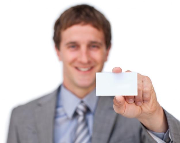 Zakenman die een visitekaartje voorstelt
