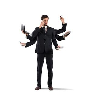 Zakenman die om problemen op te lossen multitasking wordt