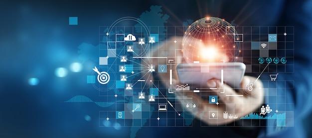 Zakenman met behulp van mobiele smartphone op wereldwijde netwerkverbinding op investeerder en klant