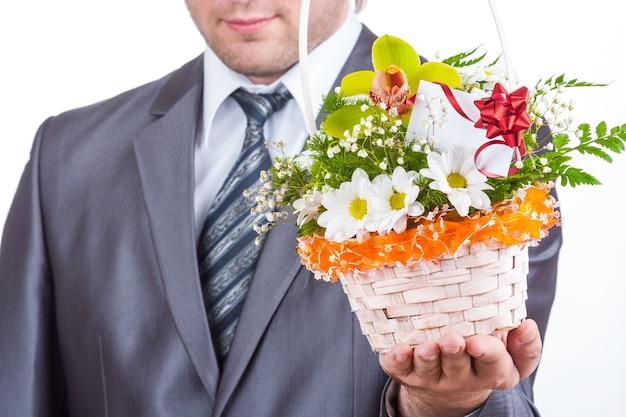 Zakenman met bloemen