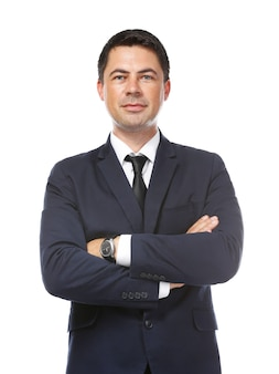 Zakenman poseren met gekruiste armen op wit