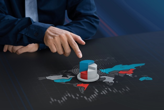 Zakenman touch marktaandeel pictogram op wereldkaartscherm