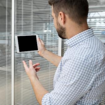 Zakenman videoconferenties