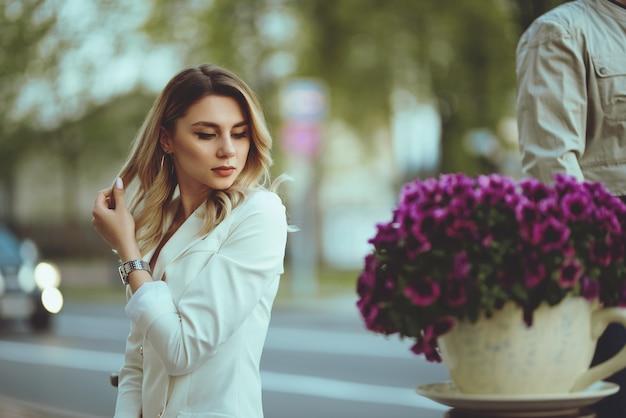 Zakenvrouw op straat
