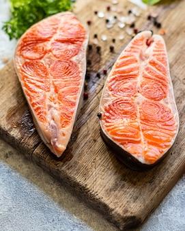 Zalm rode vis steak filet zeevruchten portie