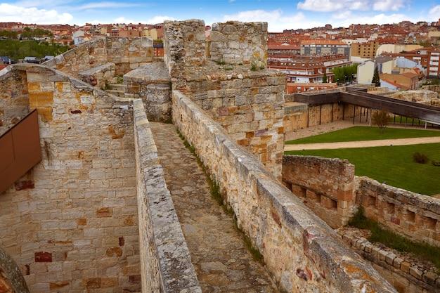 Zamora muralla vestingsmuur in spanje
